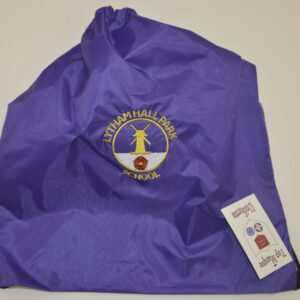 82) Hall Park Pump Bag